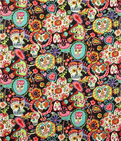 tela blanca de calaveras y flores de alexander henry eeuu telas de calaveras textiles. Black Bedroom Furniture Sets. Home Design Ideas