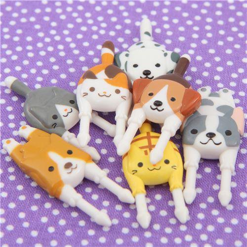 Piques /à bento style fourchette avec des chiens et des chats