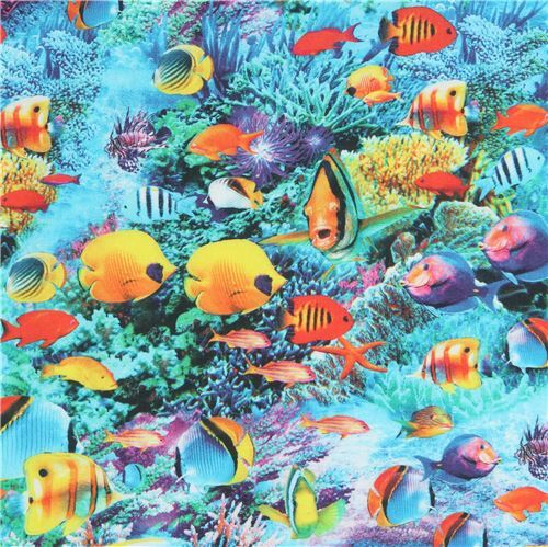 Tropical Fishes in the Sea fabric 1 metre x 112cm 100/% Cotton